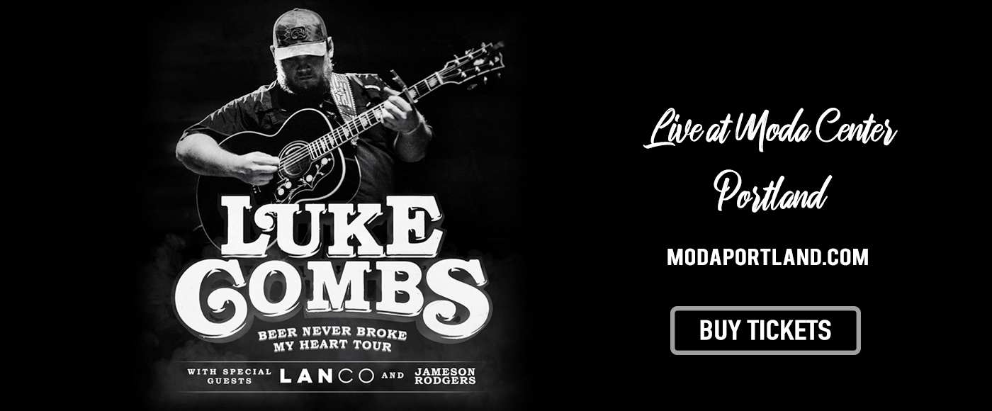 Luke Combs at Moda Center