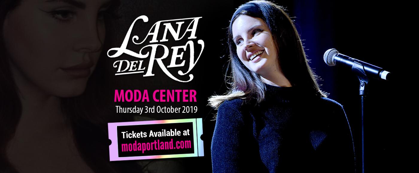Lana Del Rey at Moda Center